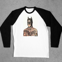 tee-shirt manche longue tattooed batman baseball tee - social misfit clothing