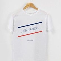 tee-shirt j'embrasse a la francaise by triaaangles