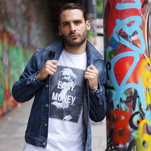 tee-shirt idée i : karl marx x easy money - daryushop
